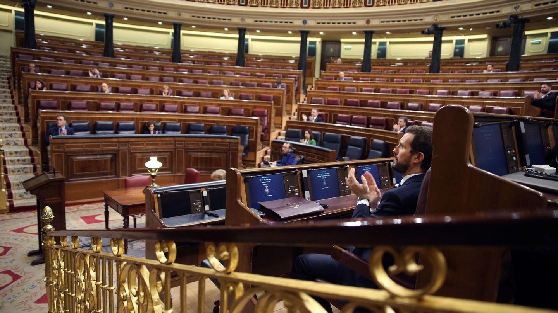 Un Congreso casi vacío, durante la última comparecencia de Sánchez. (EFE)
