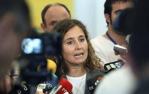Extremadura prohibirá por ley que  altos cargos concurran a oposiciones