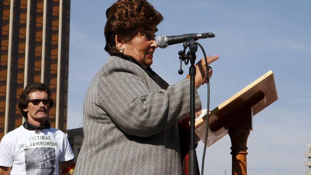 """Pilar Elías:  """"ETA no mata, pero ahora te matan con la mirada"""""""
