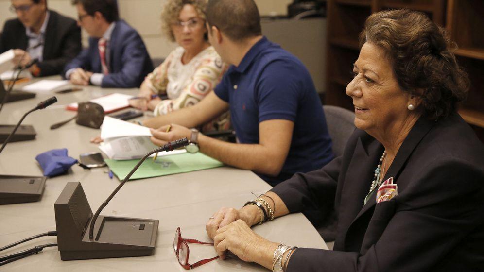 Foto: La senadora por Valencia y exalcaldesa de la ciudad Rita Barberá durante la reunión Grupo Mixto del Senado. (Efe)