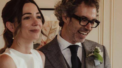 James Rhodes se ha casado con Micaela Breque, una novia sencilla con un vestido 'minimal'