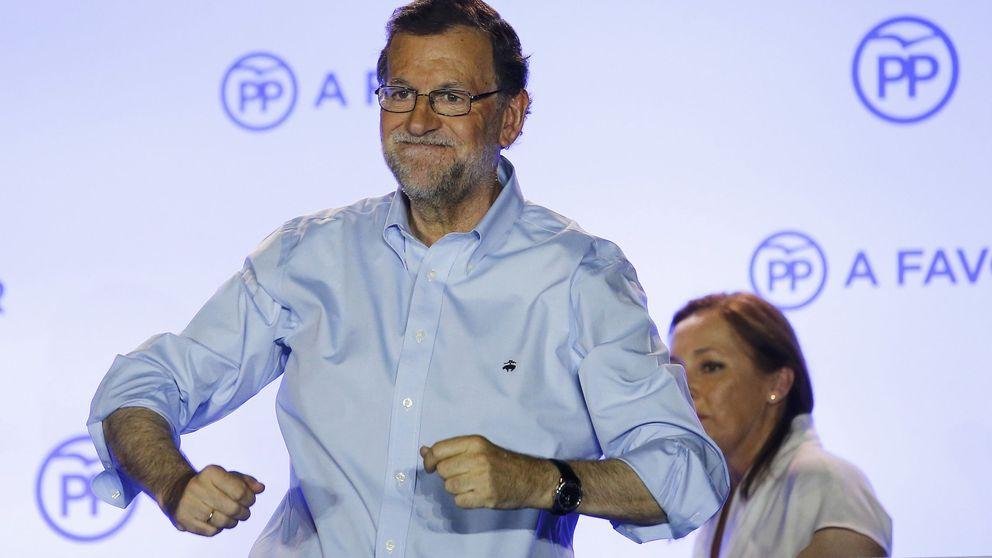 Rajoy se arma de votos para gobernar; Iglesias cosecha su primera derrota