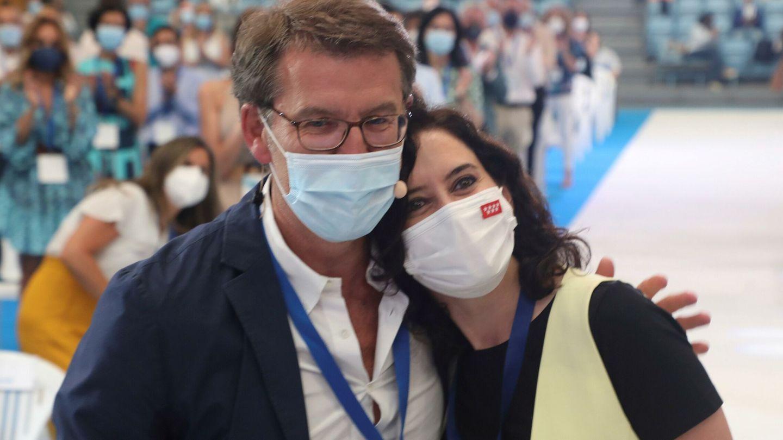 Alberto Núñez Feijóo e Isabel Díaz Ayuso. (EFE)