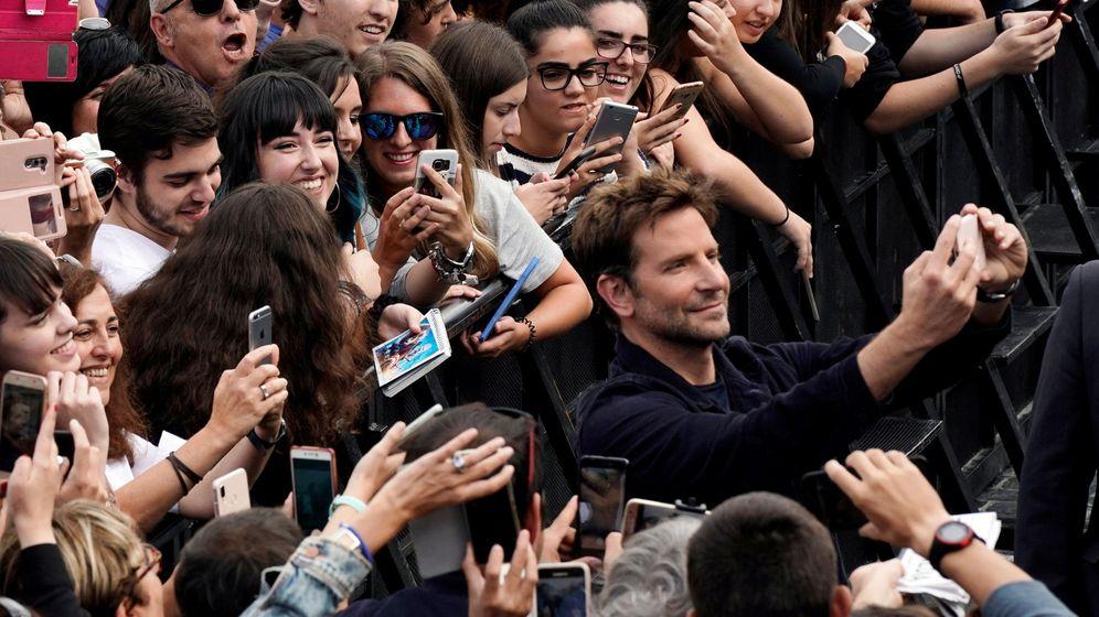Foto: Bradley Cooper a su llegada al Festival de San Sebastián. (Efe)