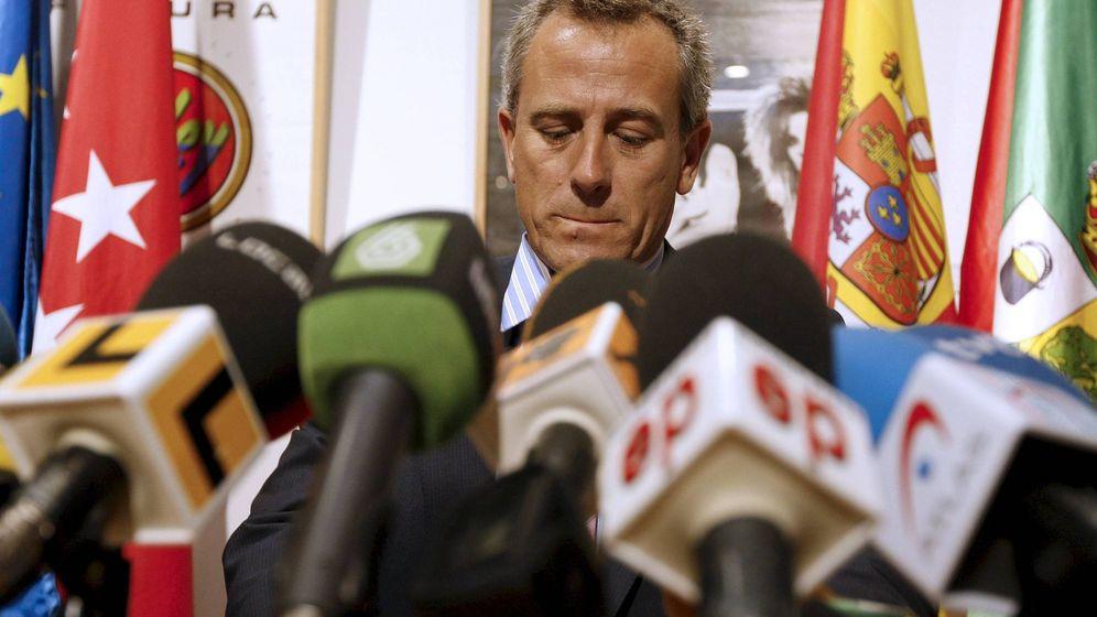 Foto: El alcalde de Hoyo de Manzanares, José Ramón Regueiras. (EFE)