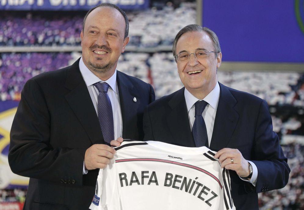 Foto: Rafa Benítez, el día que fue presentado por Florentino Pérez como nuevo entrenador del Real Madrid. (EFE)