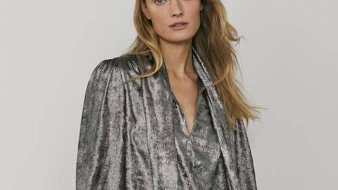 Massimo Dutti dice que si llevas esta blusa de terciopelo con unos jeans serás la reina de la fiesta