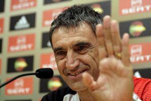 Álvarez pasa de 'provisional' a entrenador del Sevilla para la próxima temporada