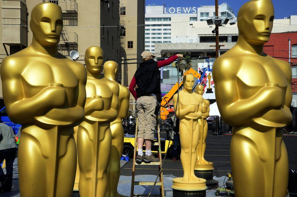 Foto: Imagen de archivo de los preparativos de los Oscar (EFE)