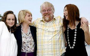 Kaufman trae a Cannes su debut, un filme original, confuso y deprimente