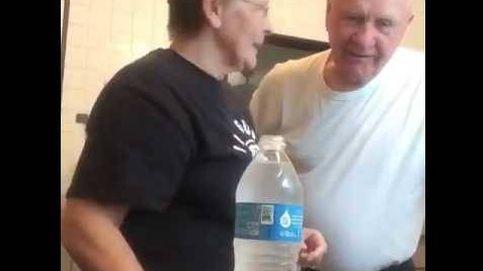 La broma viral de una abuela a su marido que te hará reír sin parar