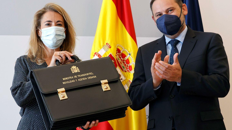 Raquel Sánchez, con el ya exministro Ábalos. (EFE)