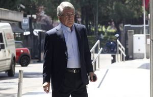 Enrique Cerezo alaba el fichaje de David Villa y descarta la llegada de Diego Ribas y de Cazorla