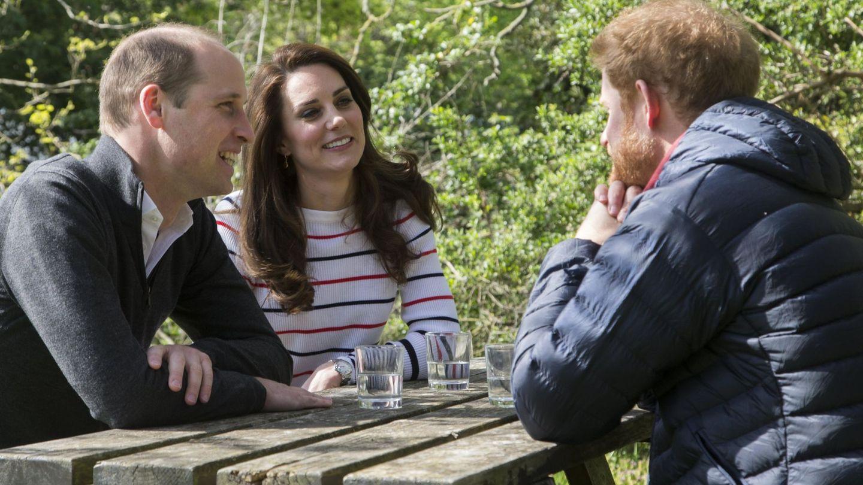 Los Cambridge y Harry en un acto de Heads Together. (Reuters)