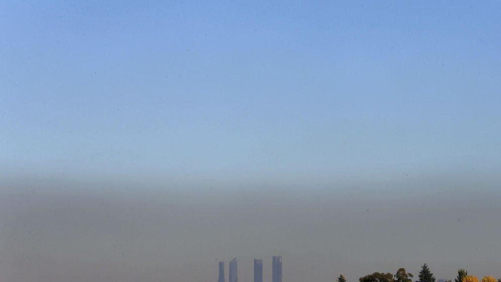 Carmena reducirá  la velocidad en la M-30 de 90 a 70 km/h por los humos