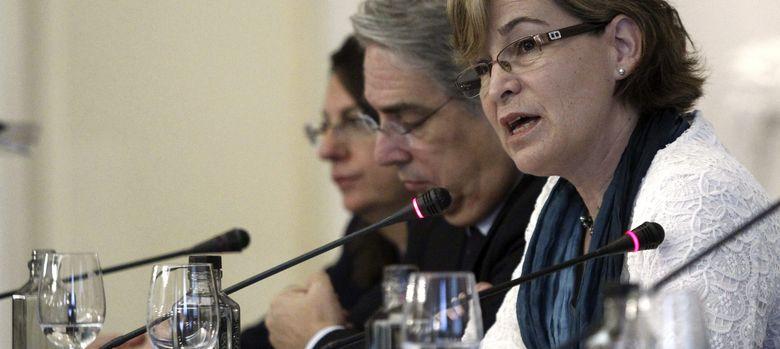 Foto:  La presidenta de Sareb, Belén Romana (d). (EFE)