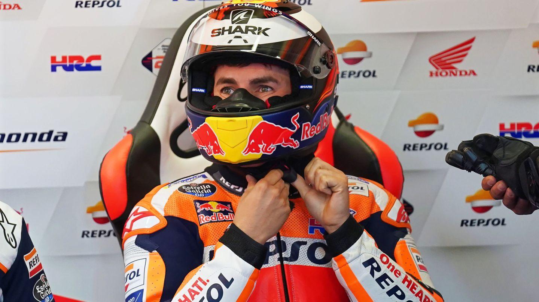Jorge Lorenzo en su box de Honda. (EFE)