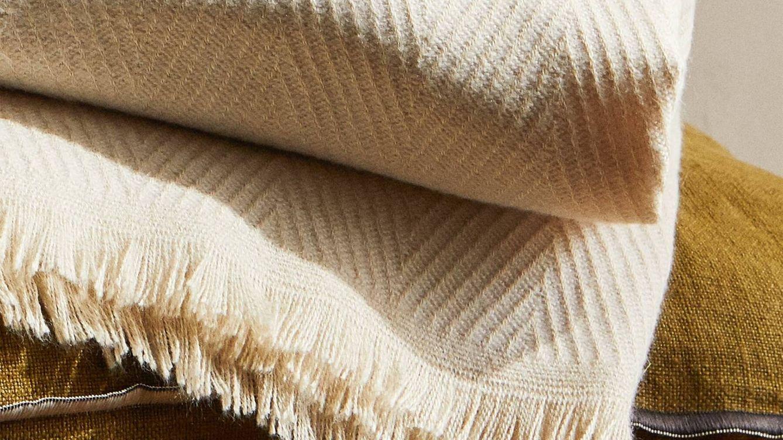 Zara Home nos prepara para el frío con las mantas más suaves
