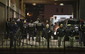 Dos policías, muertos a tiros en Nueva York por venganza