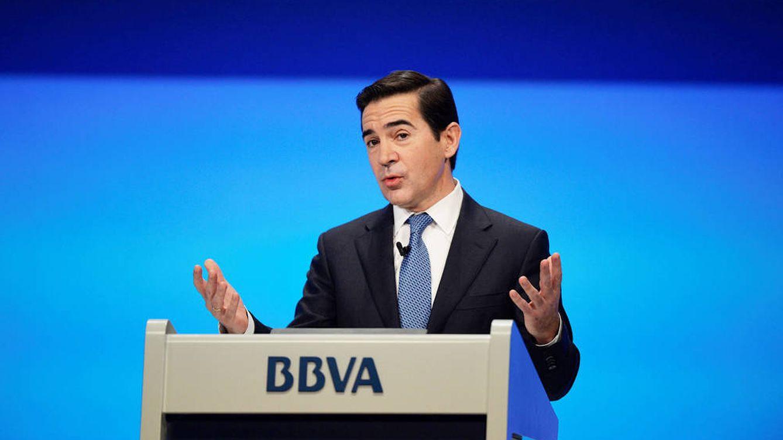 Torres (BBVA) trabaja en la salida de los primeros consejeros de la era FG