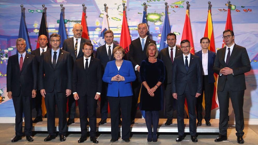 Foto: Foto de familia de la Conferencia de los Balcanes Occidentes, celebrada en Berlín. (Reuters)