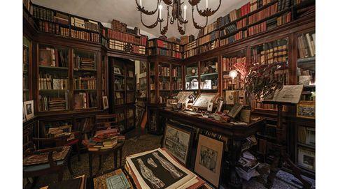Los tesoros de la Libreria Cascianelli de Roma, el refugio de los coleccionistas