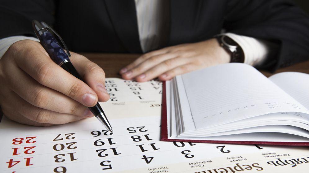 Foto: Ve tachando días laborables, porque sobran unos cuantos del calendario. (iStock)
