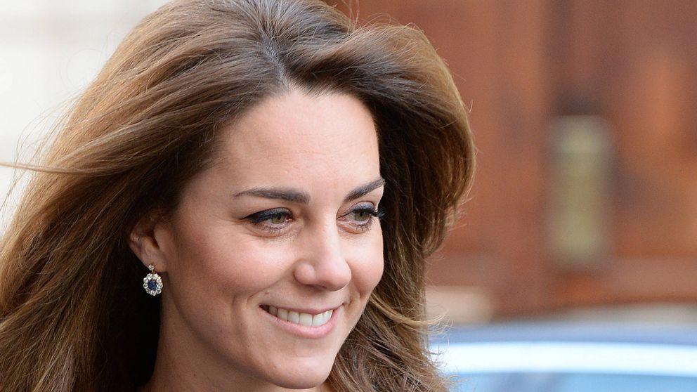 Kate Middleton vuelve al trabajo presumiendo de pelazo y cinturita