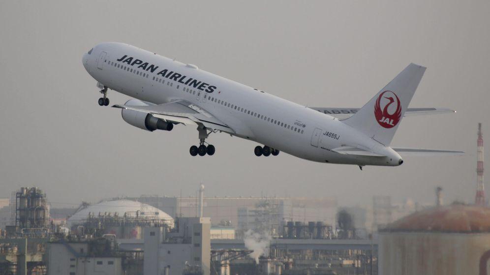 Foto: Un avión de Japan Airlines despega desde el Aeropuerto de Haneda en Tokio. (EFE)