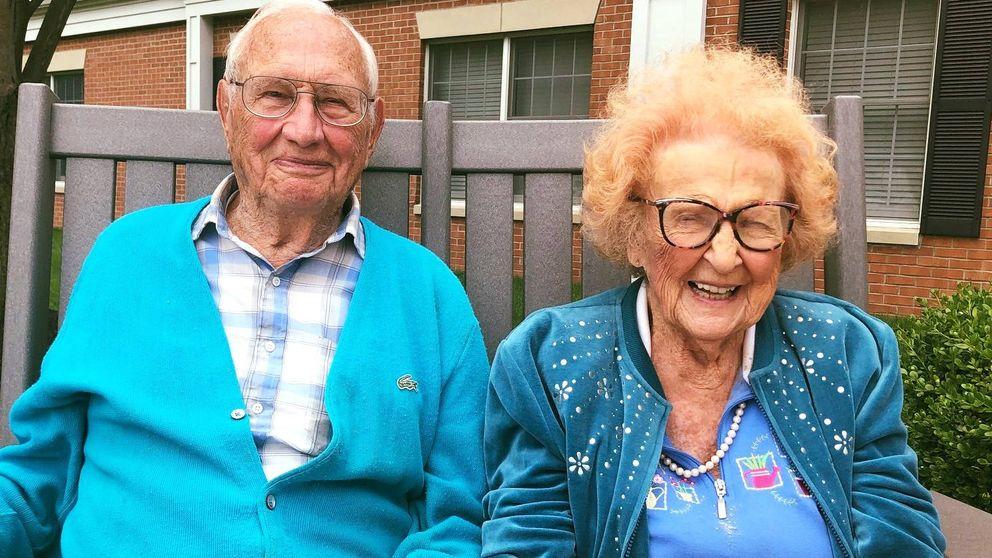 Nunca es tarde: un anciano de 100 años se casa con su novia de 103