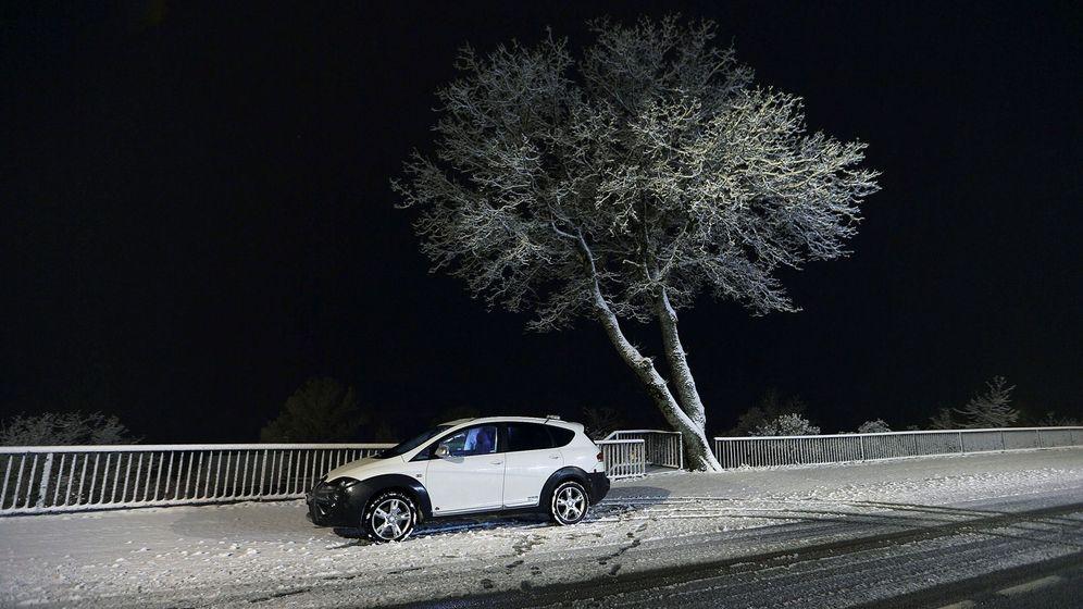 Foto: Nevadas de esta noche en Ourense. (EFE)