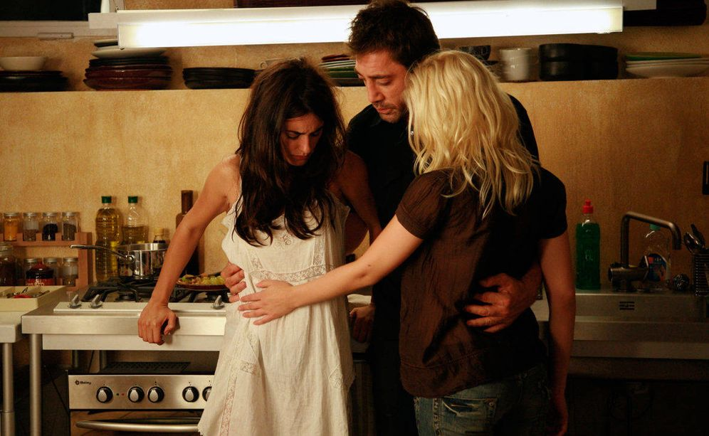 Foto: Vicky, Cristina y Javier Bardem, un trío de cine by Woody Allen. (Imagen: Vicky Cristina Barcelona)
