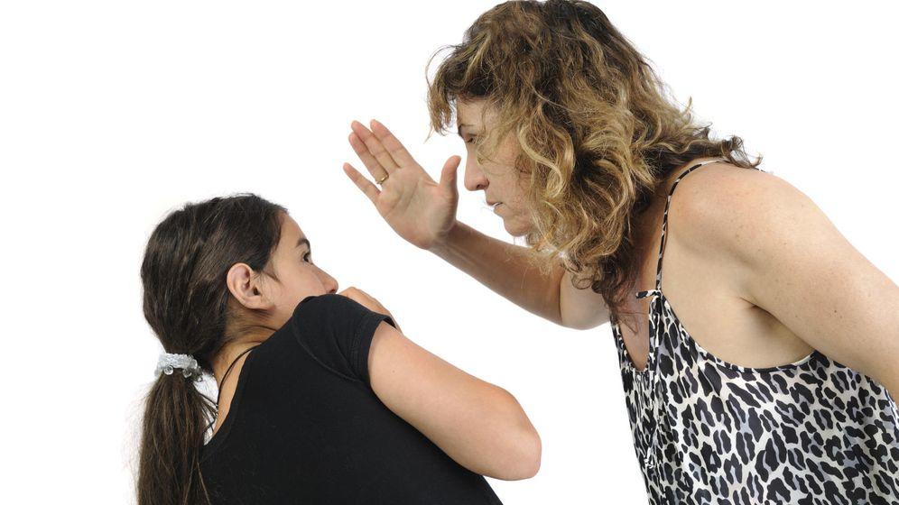 Foto: Un azote siempre va precedido de una cadena de insultos y amenazas. (iStock)
