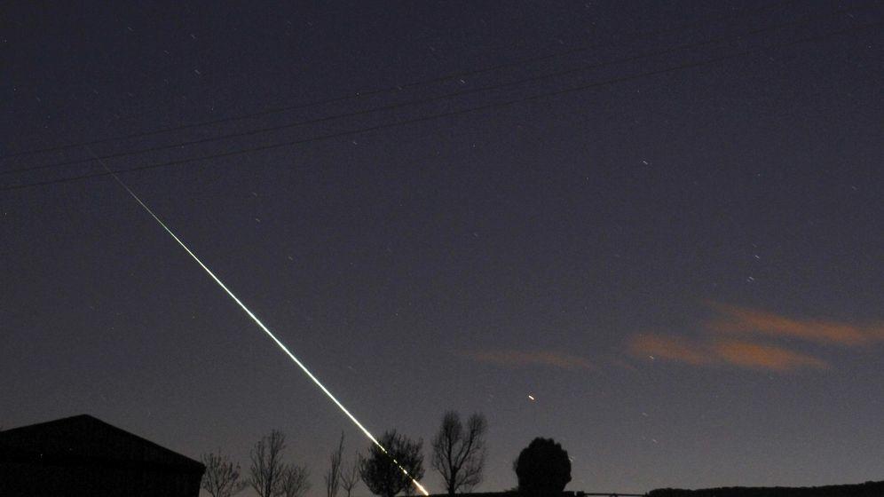 Foto: Meteorito cayendo en el norte de Inglaterra. Foto: REUTERS/Steven Watt