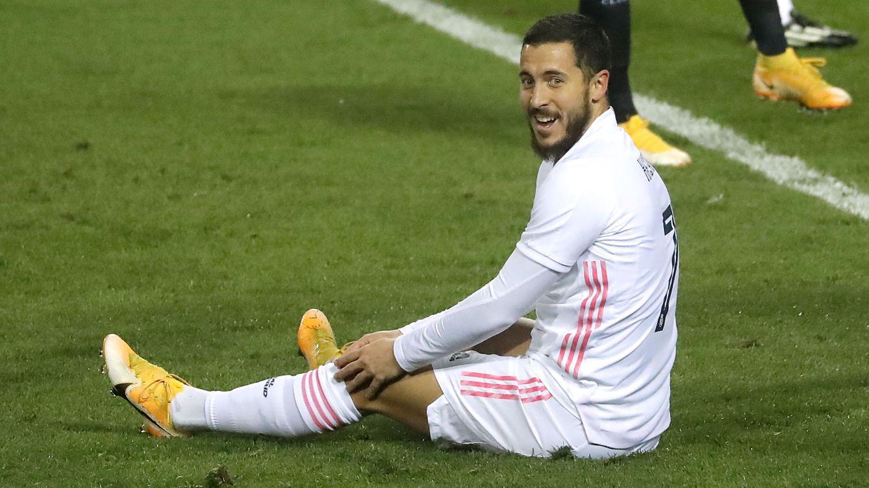 Hazard, entre algodones: tampoco viaja a Liverpool por temor a una recaída