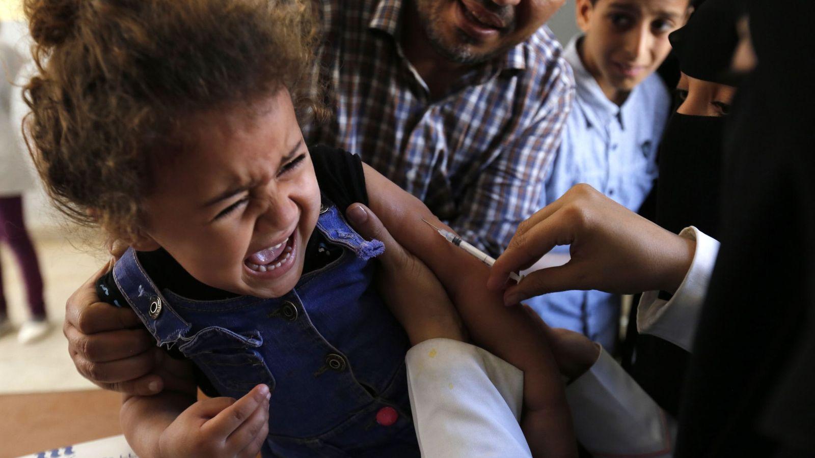 Foto: Los movimientos antivacunas han ligado históricamente la triple vírica con el autismo