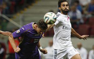 Arbeloa pasa de estar fuera del Real Madrid a ser titular en el derbi