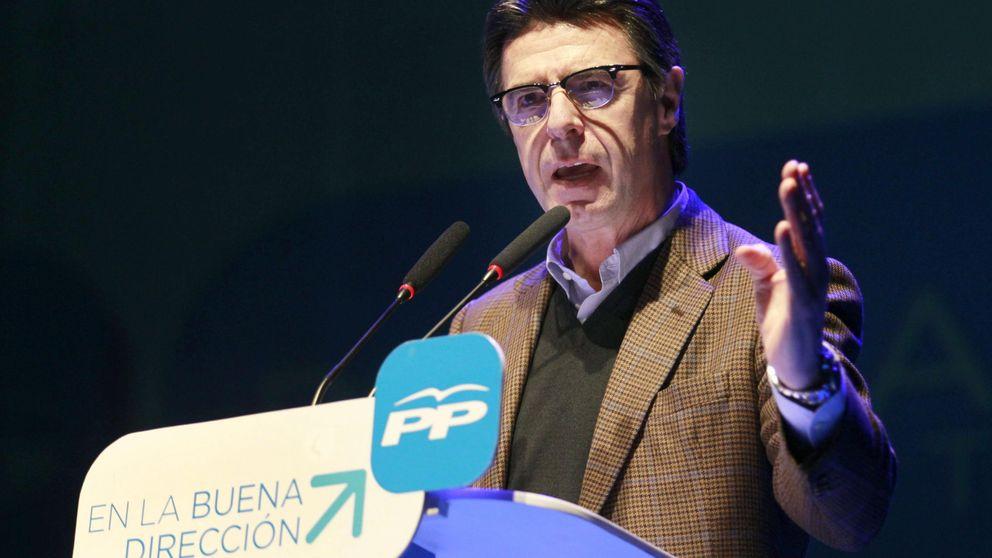 Sáenz de Santamaría se reúne con Lara para controlar a Podemos