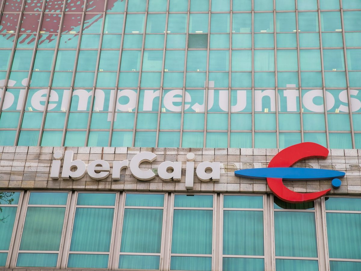 Foto: Sede de Ibercaja en Zaragoza. (EFE)