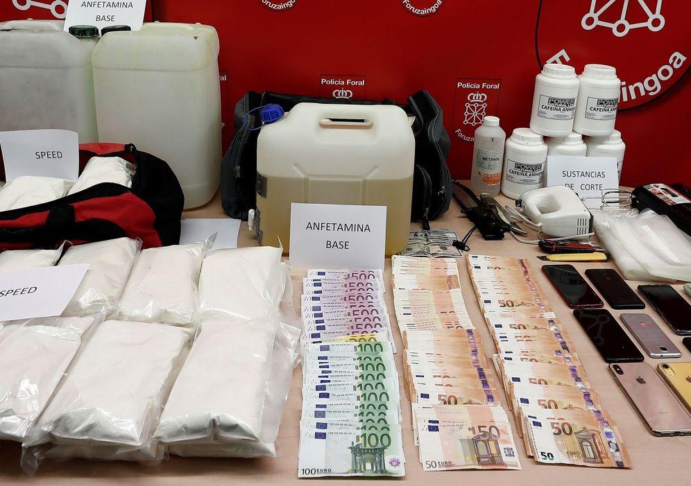 Foto: Material incautado en el transcurso de la operación policial liderada por la Policía Foral de Navarra. (EFE)