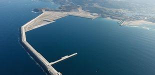 Post de El Puerto Exterior de A Coruña, una obra faraónica que ha quedado para los percebes
