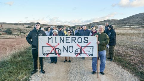Barricadas en el Teruel profundo: 13 vecinos se alzan contra una minera