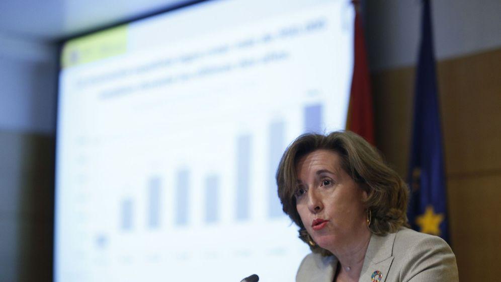 Foto: La secretaria de Estado de Economía, Ana de la Cueva, durante la presentación de los datos de la EPA. (EFE)