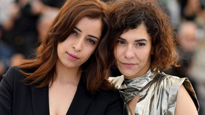 El beso 'pecaminoso' de dos actrices marroquíes incendia las redes de Marruecos