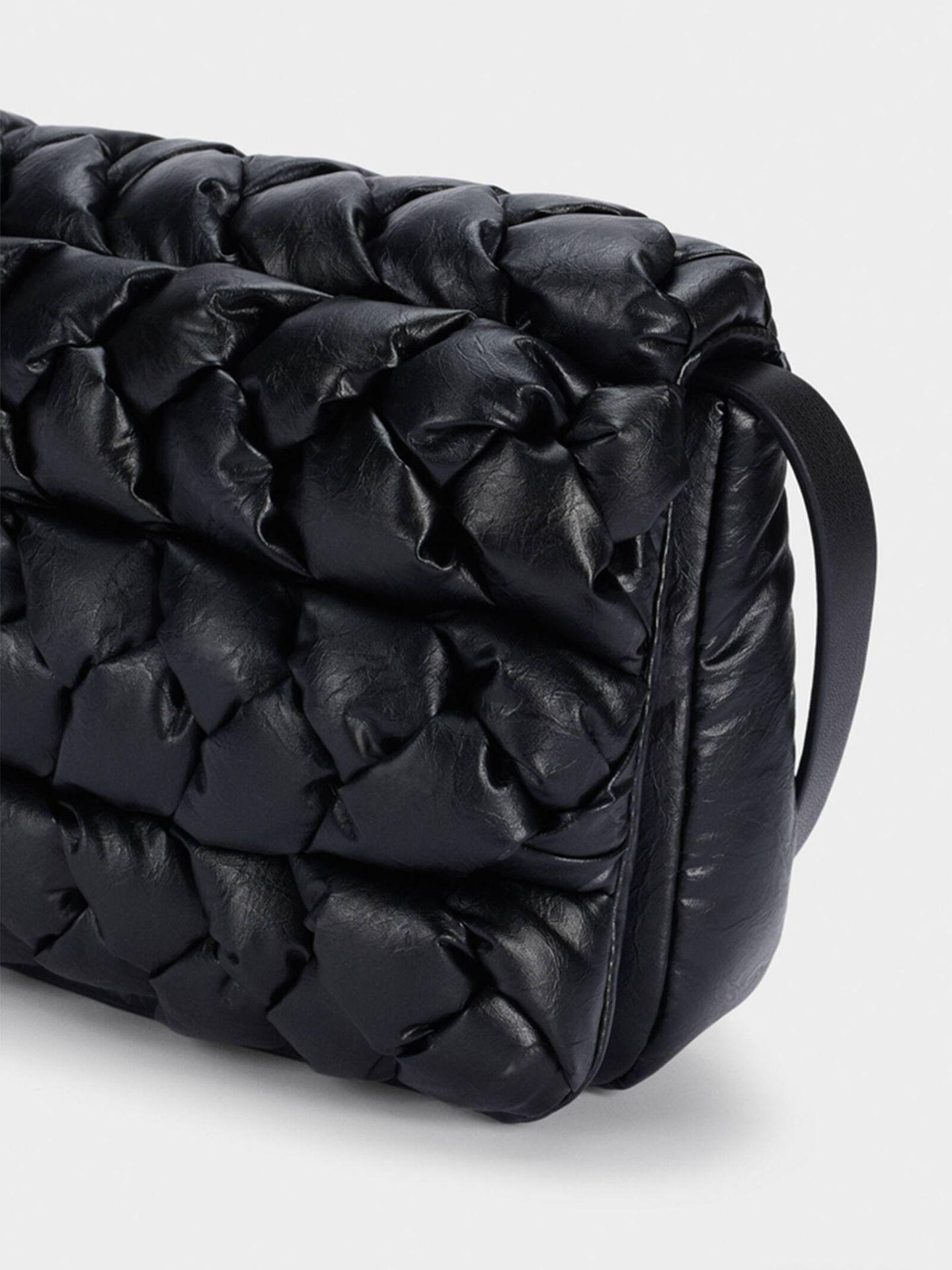 El bolso bandolera de Parfois que conquista a mujeres de todas las edades. (Cortesía)