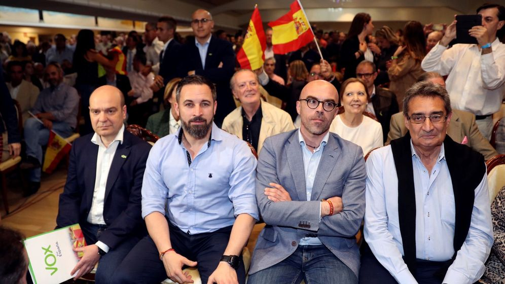 Foto: Santiago Abascal y Jorge Buxadé (Efe)