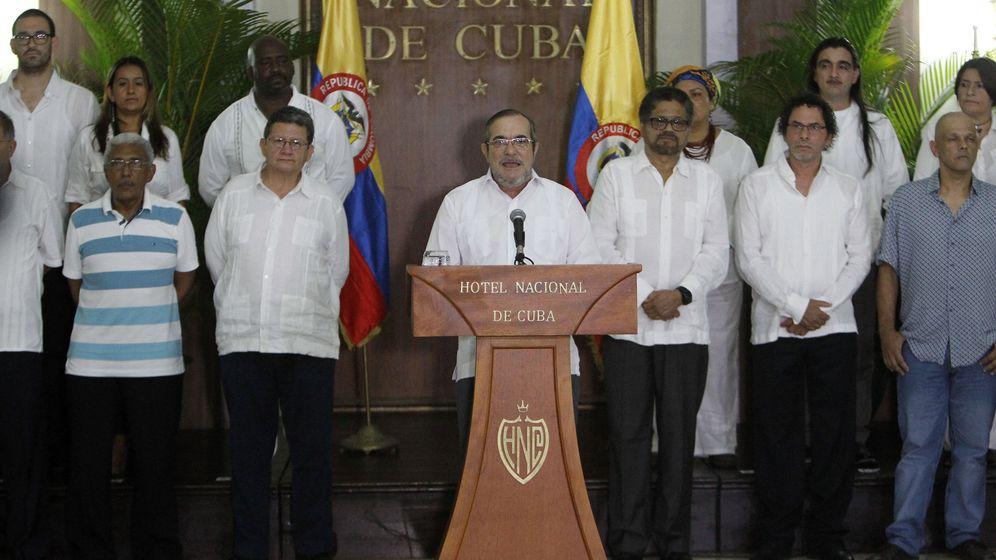 Foto: El líder de las FARC, Timochenko, declara el alto el fuego definitivo. (EFE)