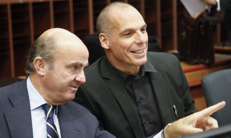 De Guindos y Varufakis. (Reuters)