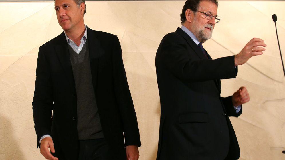 Foto: Xavier García Albiol y Mariano Rajoy, en un acto de campaña electoral. (Reuters)