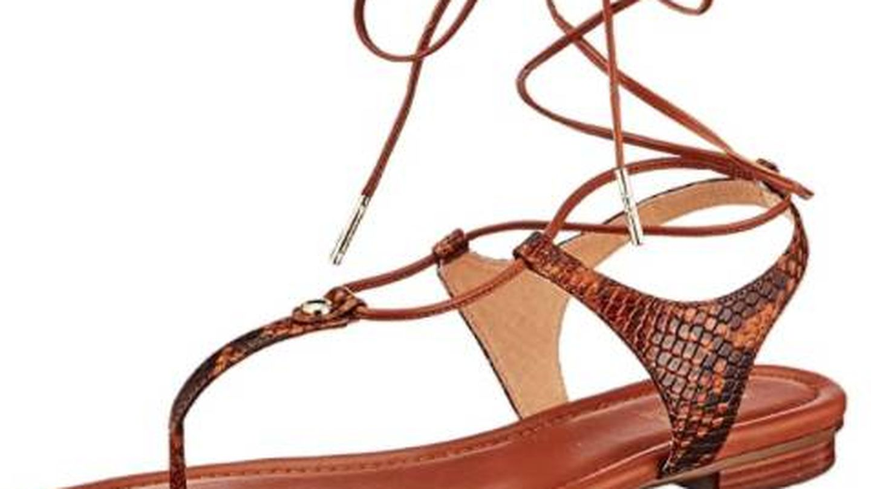 Las sandalias de Michael Kors para Amazon. (Cortesía)